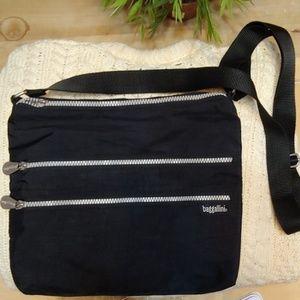 Baggallini black nylon bag